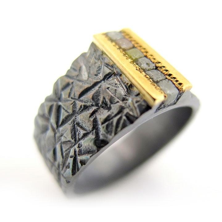 טבעת יהלום פראית עם תבניות ייחודיות