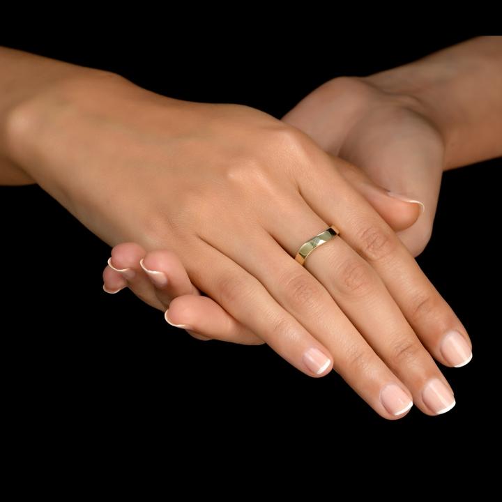 טבעת חלקה גלית