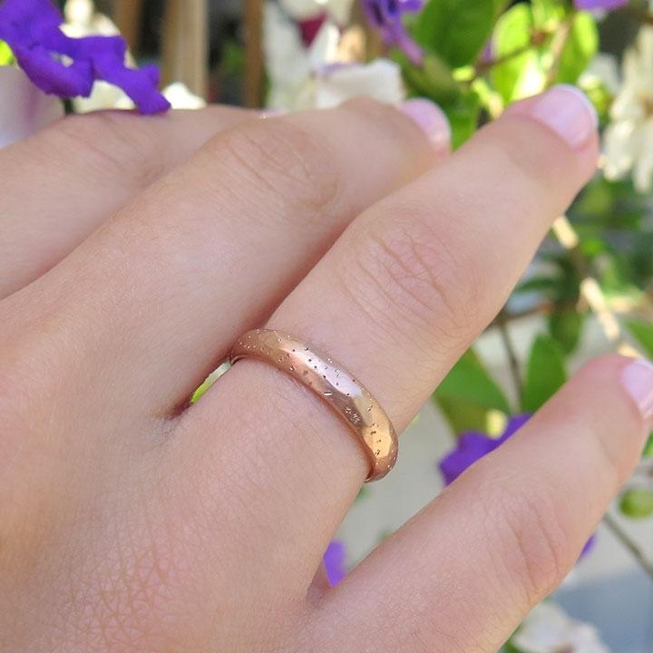 טבעת מרוקעת מזהב ורוד