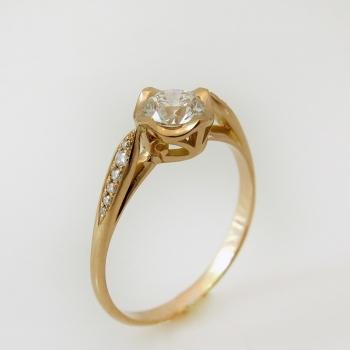 טבעת בסגנון וינטאג' זהב אדום ויהלום