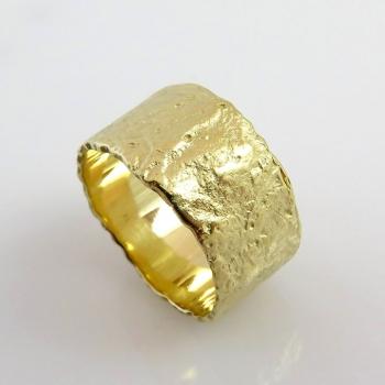 טבעת מזהב מומס