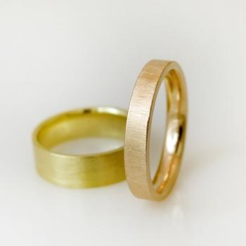 סט טבעות נישואין מוברשות
