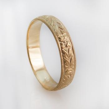 טבעת נישואים עם חריטות בסגנון וינטאג'