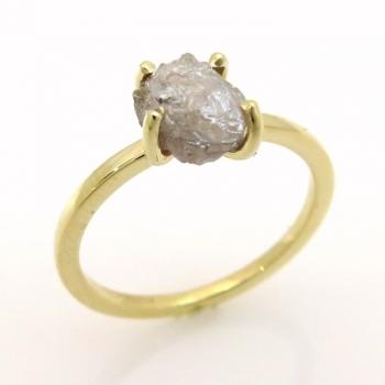 טבעת זהב צהוב ויהלום גולמי